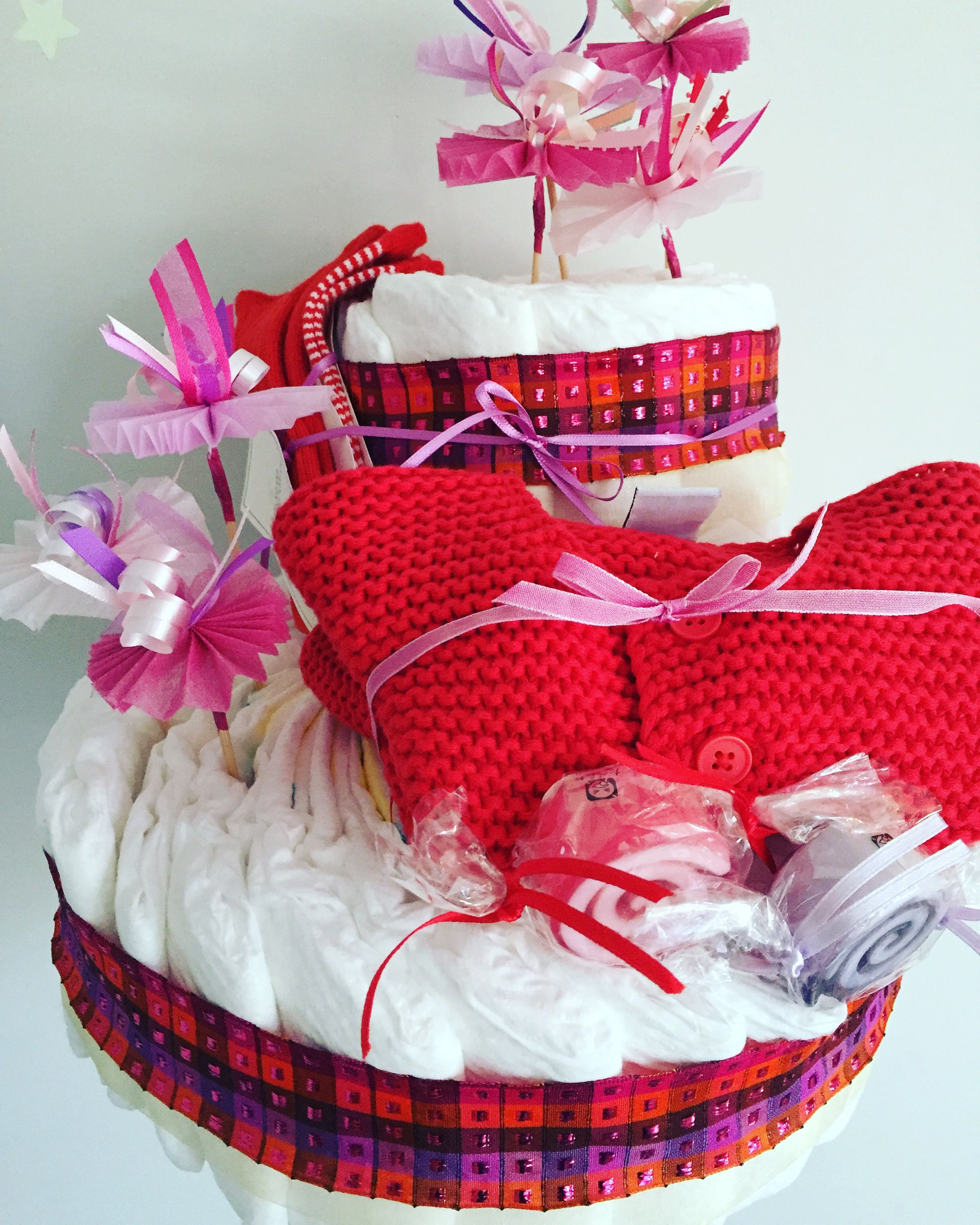 diaper cake - it's a girl [ putit bateau ] shop: http