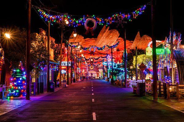 Christmas Photography Tips | Christmas photography, Disneyland ...