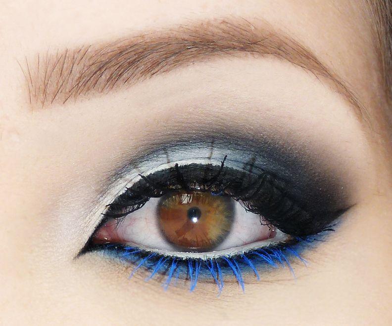 azul e branco