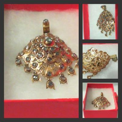 Thai Laos Antique Jewelry 24k Gold With Diamond Pendant
