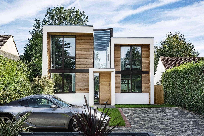 Dom V Stile Haj Tek 60 Realnyh Foto Arhitektura Metallicheskaya Krysha Dom [ 1000 x 1500 Pixel ]