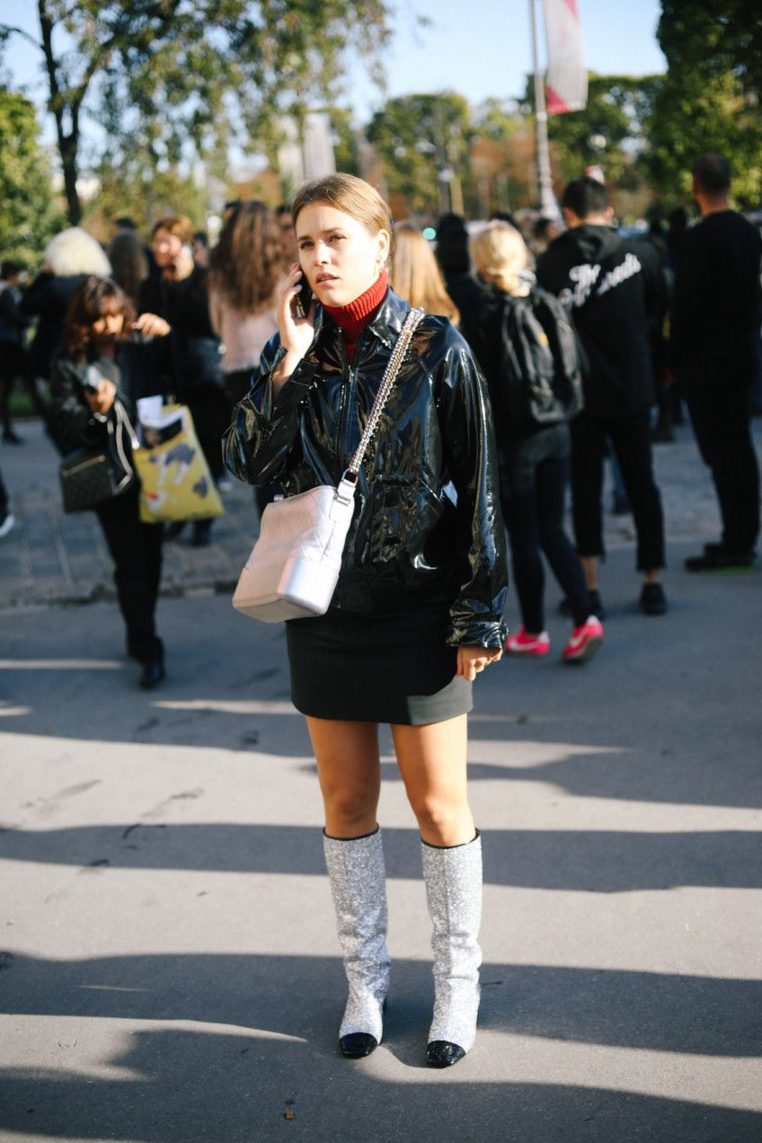 ad1fefeff595 PFW Street Style SS18 Chanel | Holy Shoe | Style, Street style, Fashion