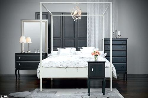 Ikeas Edland Bed A Great Beachy Look Here   A Few Meteres Of Sheer Fabric  Can Dress Up The Bed Frame.