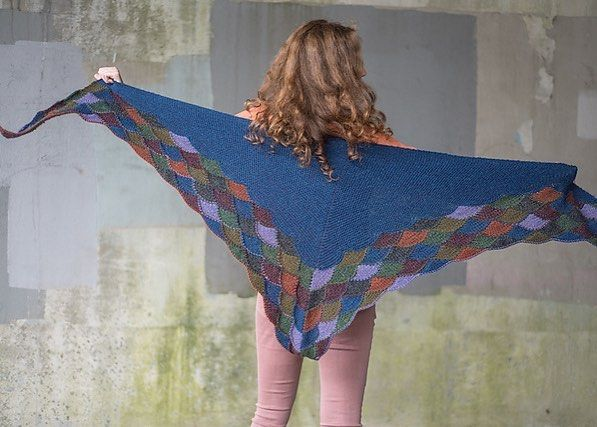 "Julia Farwell-Clay (@farwellclay) on Instagram: ""The Eddy Wrap pattern is live on Ravelry. Using the same technique from my Prada Sweater, I devised…"""