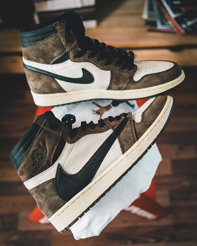 Take An In Depth Look At The Travis Scott X Nike Air Jordan 1 The Sole Supplier Shoes Sneakers Nike Sneakers Men Fashion Sneakers