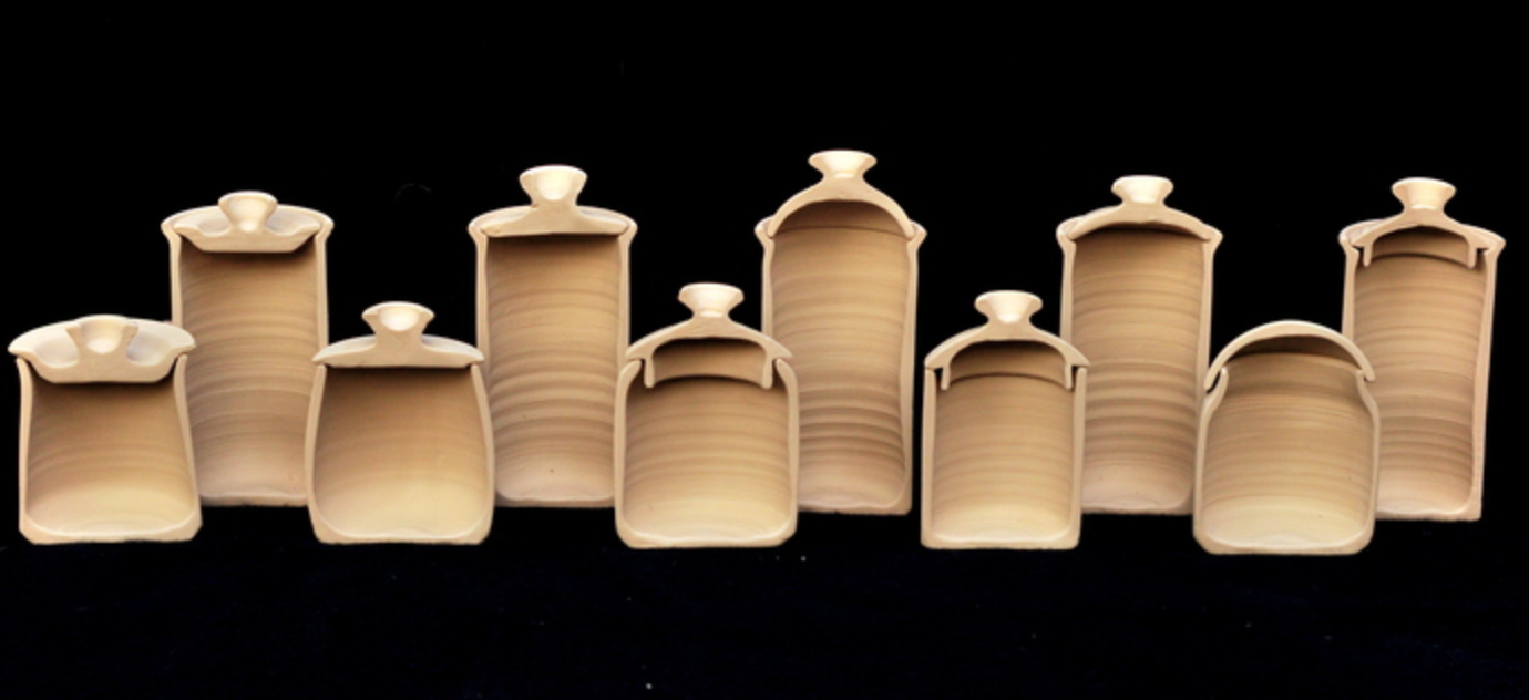Great Examples Of Lids Pottery Pottery Jars Pottery Classes