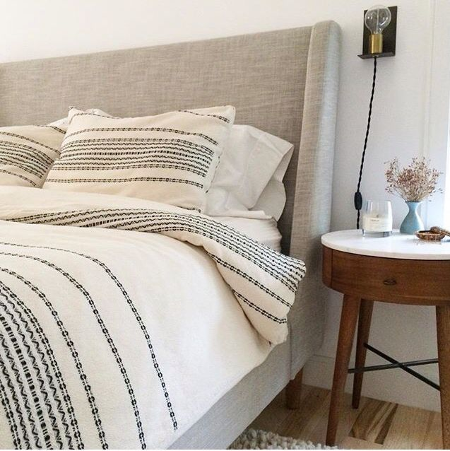 50 Sleigh Bed Inspirations For A Cozy Modern Bedroom: Via @michellesolobay Bed, Nightstand, Wool Rug