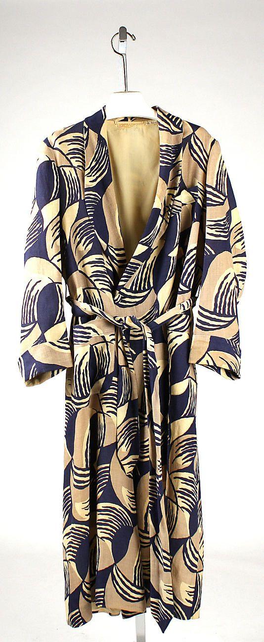 Robe, Charvet et Fils, 1925. Modern pattern. Sophisticated comfort ...