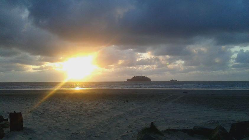 Por Do Sol Na Praia Do Guarau Com Imagens Por Do Sol Por Do