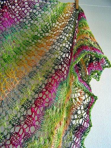 J'aime beaucoup les couleurs et le point / Love the colors and the stitch