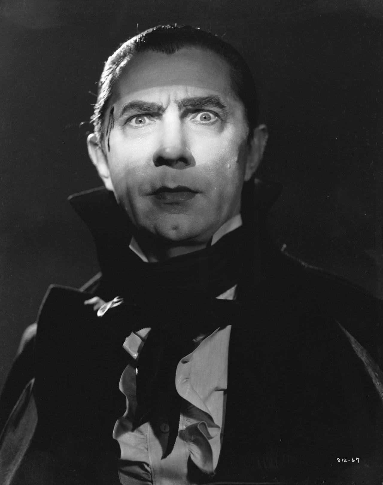 bram stoker s dracula used the vampire story to explore bela lugosi en draacutecula dracula 1931