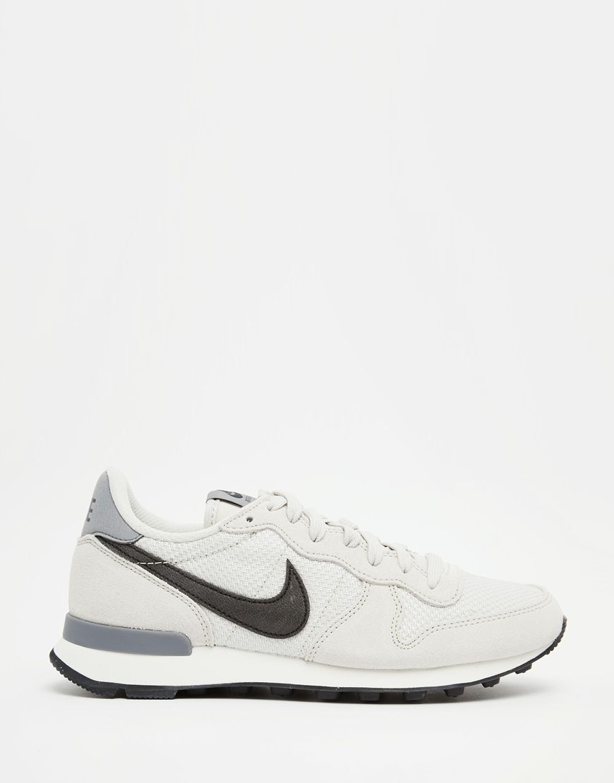 6bded3eeddc7 Image 2 of Nike Internationalist Off White Trainers
