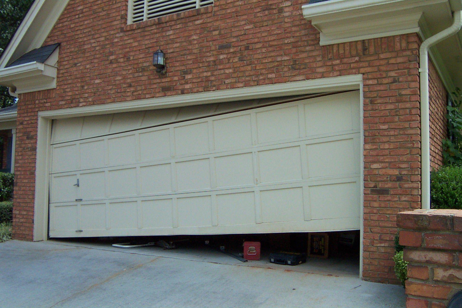 43 Awesome Garage Doors Design Ideas