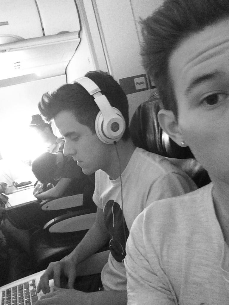 Connor looks like he's in the zone haha | Our2ndlife ...