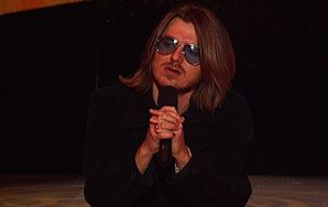 50 Hilarious, Brilliant Mitch Hedberg One-Liners That Would've Made Epic Tweets | Thought Catalog
