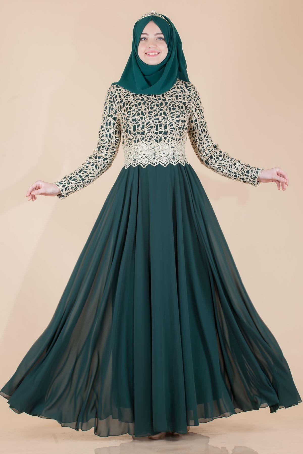 Zumrut Yesili Tesettur Dantelli Abiye Modelleri The Dress Aksamustu Giysileri Elbise