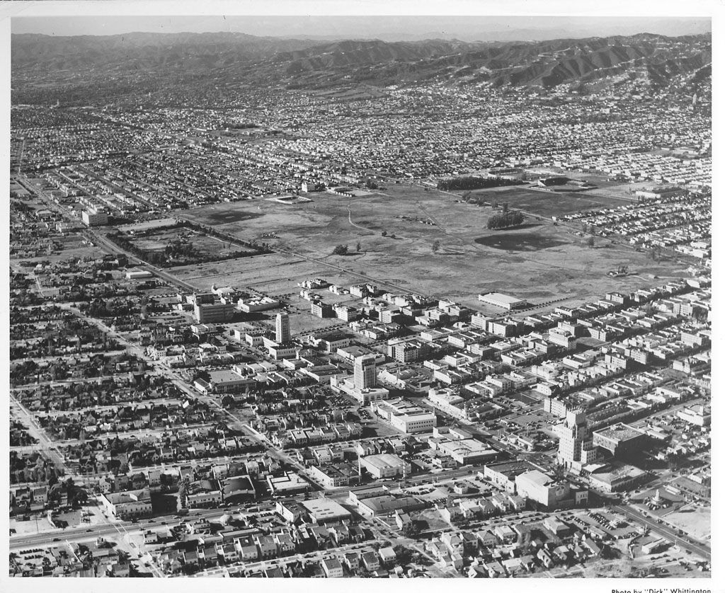 Early 1940s Aerial View Of Los Angeles With Labrea