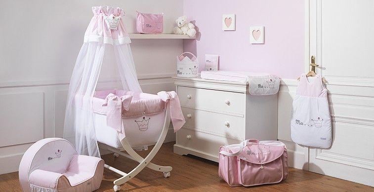 Chambre de bébé fille, blanc et rose pale, broderie couronne de ...
