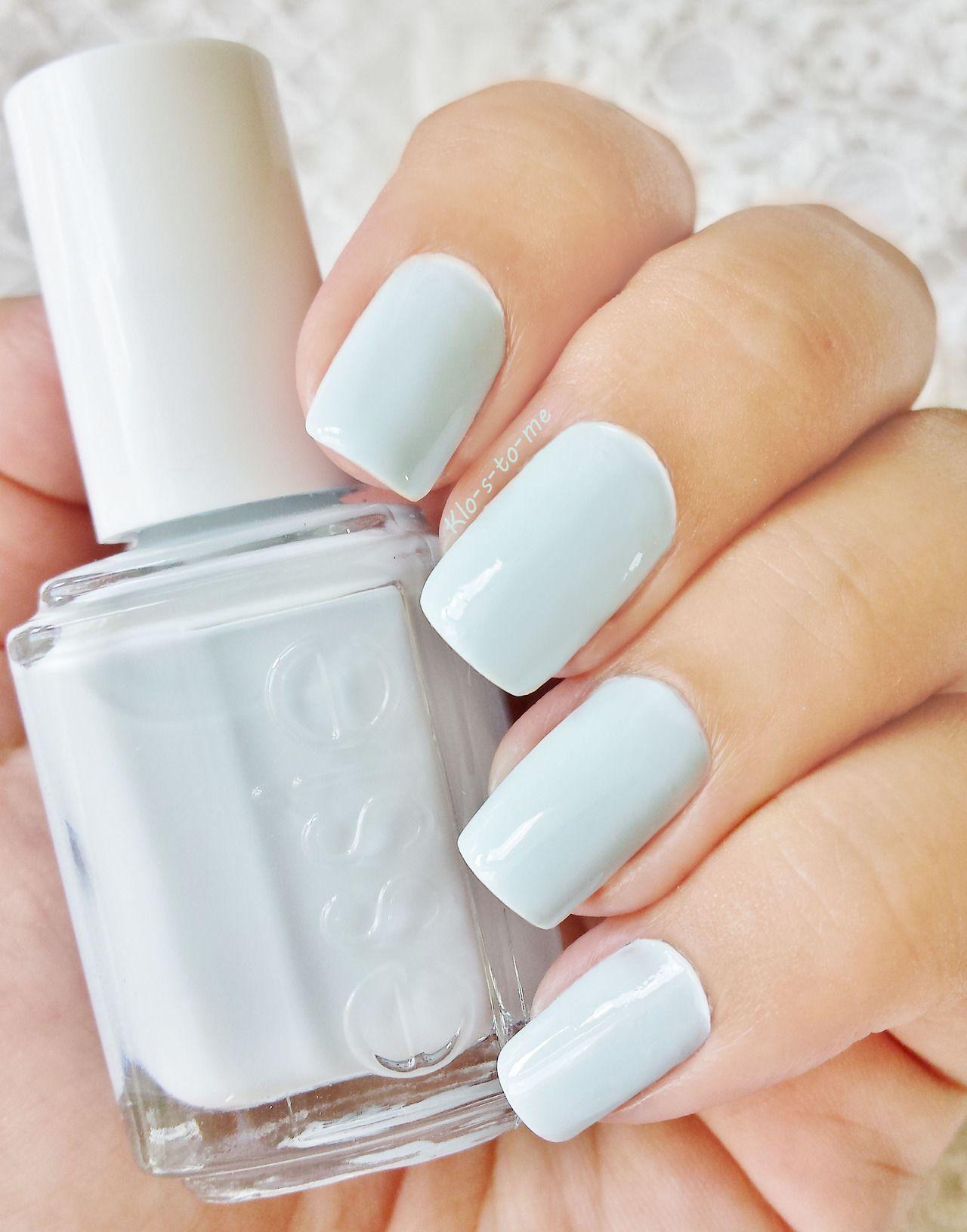 Essie - Find me an oasis   ManicureMonday   Pinterest   Diseños de ...
