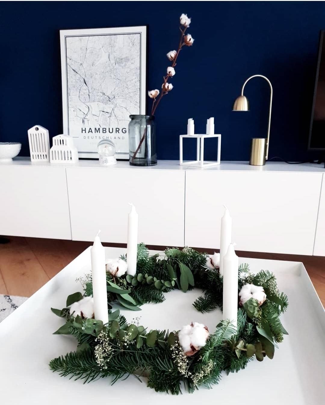 weitere diy adventskranz inspiration findet ihr bei. Black Bedroom Furniture Sets. Home Design Ideas