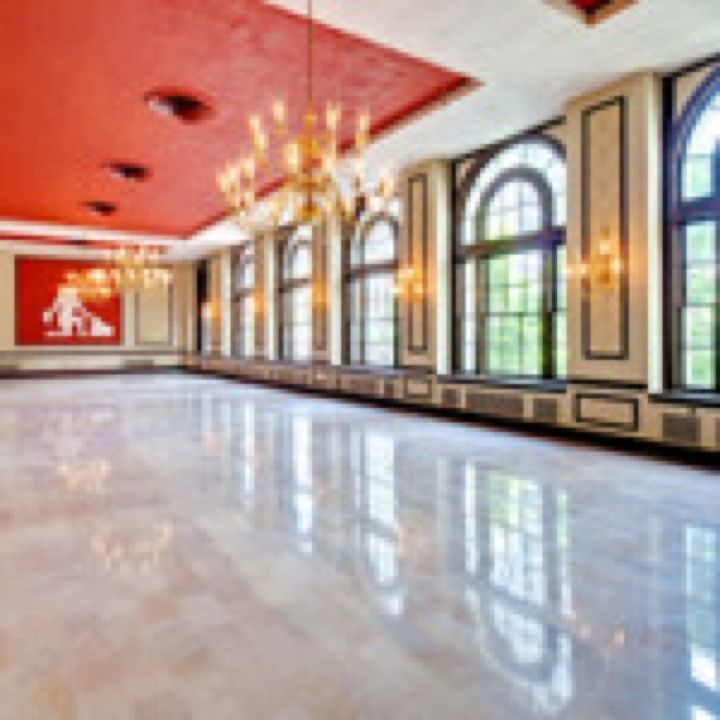 Apartments For Rent Magazine: Virginia Dare Ballroom @ Sir Walter Raleigh Apartments