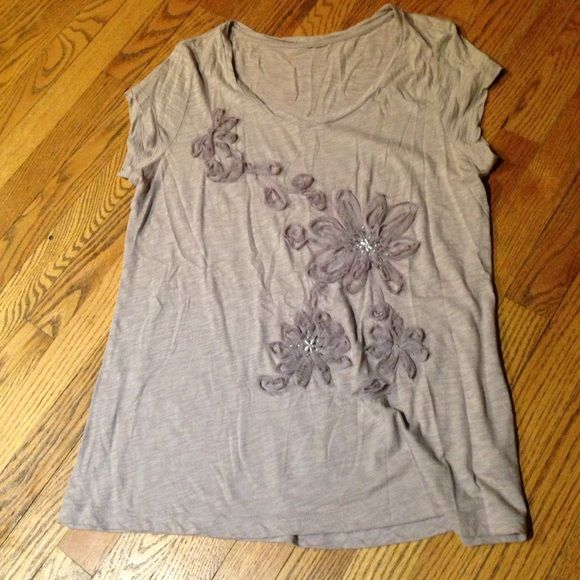 Lilac top Lilac color top with embellishment Little boutique Tops