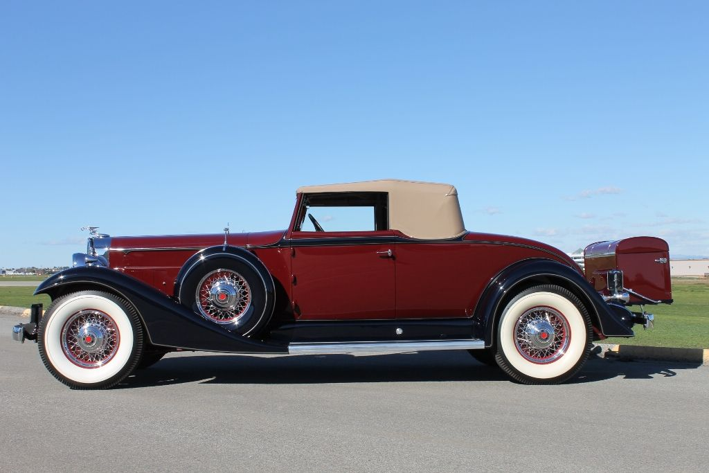 I saw a Packard like this one yesterday it was massive