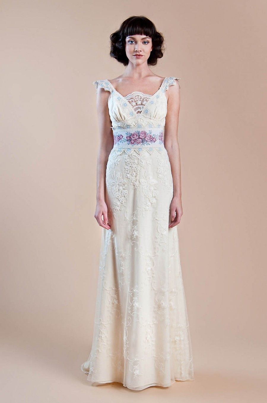 Michal negrin wedding dress  Weddbook  Ivory embroided vintage gown with floral jacquard