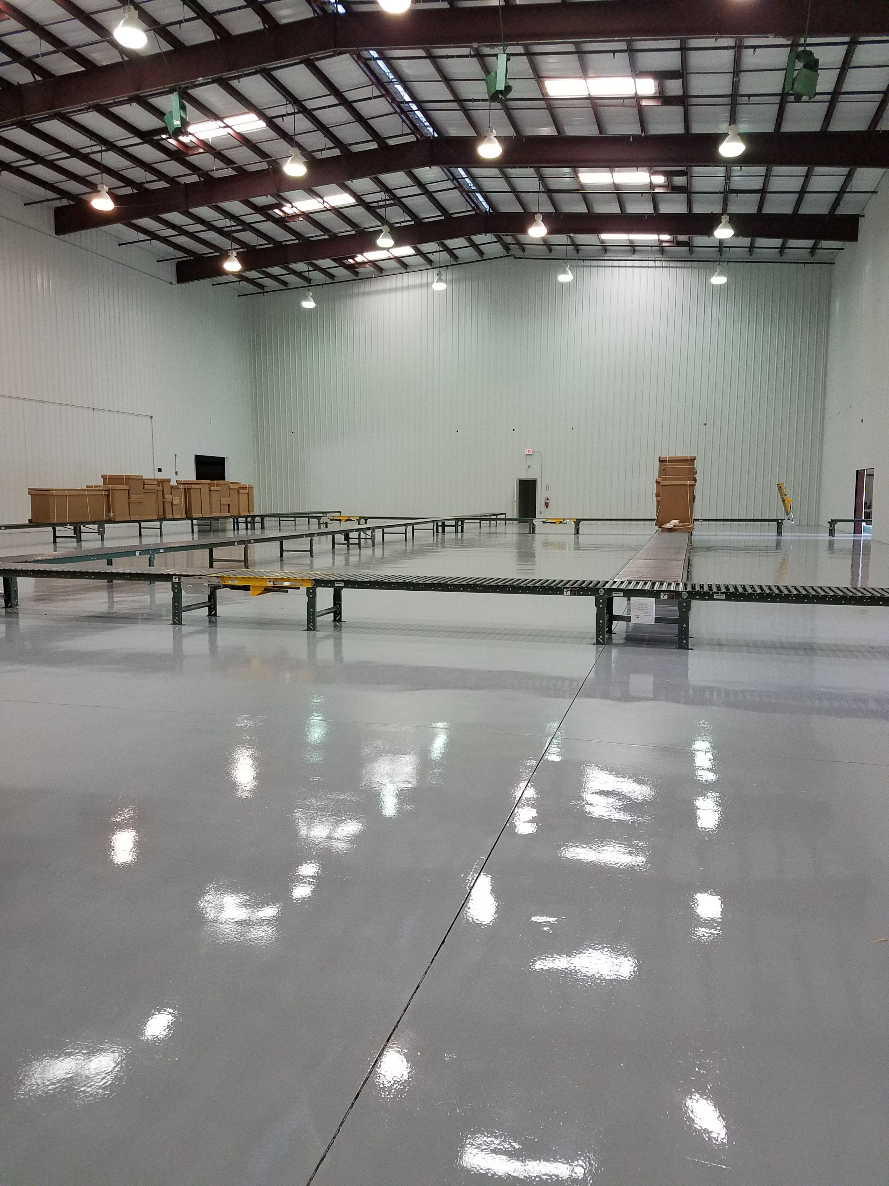 A Bottling Plant Recently Completed With Ct 352 Polyester Polyurethane Applied Over Pc 1703 100 Soli Concrete Floor Coatings Concrete Floors Concrete Coatings