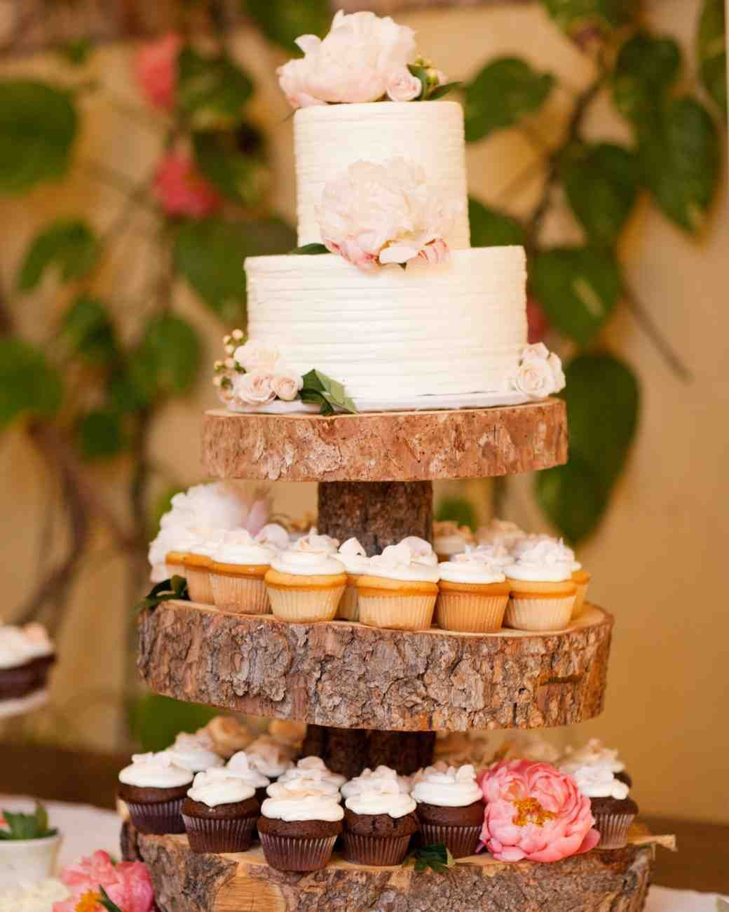 rustic country wedding cakes for the perfect fall wedding