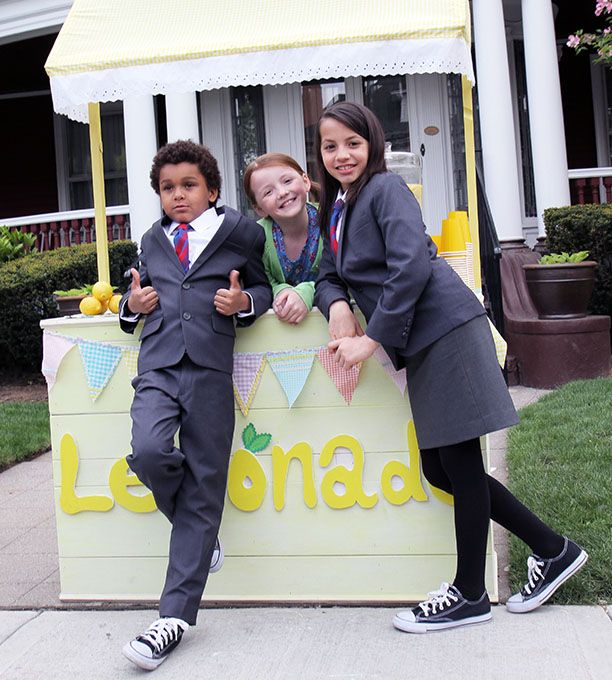 Odd Squad Pilot - Olive, Otto, and Polly Graph, I'm guessing (and why does Olive have a skirt?)