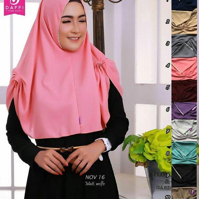 Jilbab Instan Tanpa Ped Jilbab Bahan Wolfis Model Rumana Tepi Renda