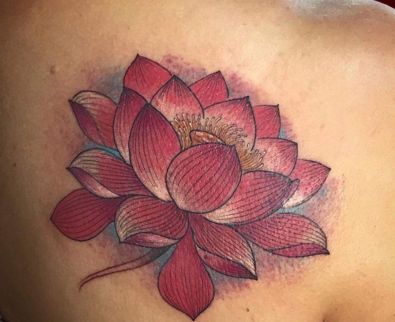 Pin By Murugu Sundram On Beauty Quin Lotus Flowers Leaf Tattoos