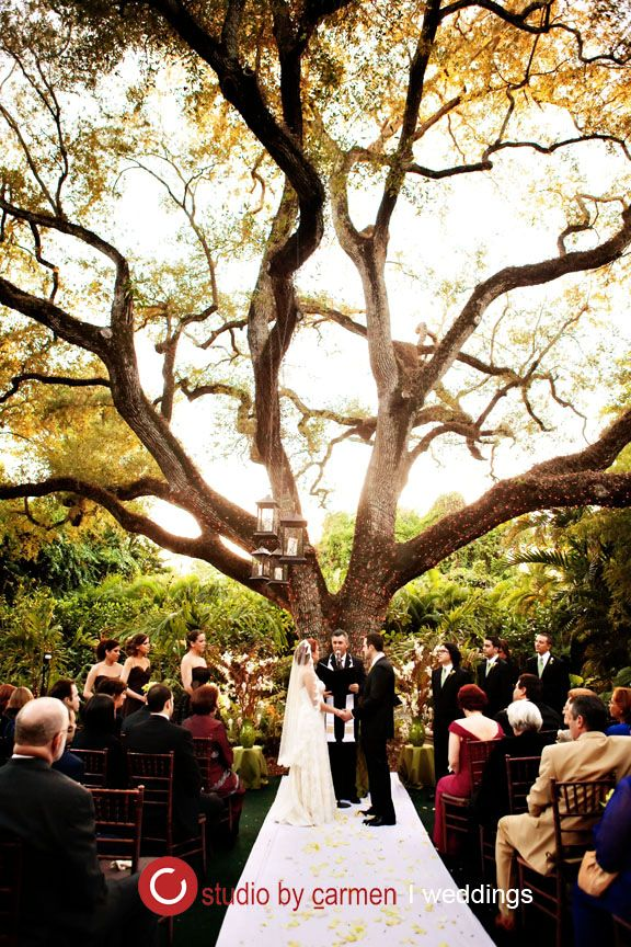 Absolutely Stunning Villa Woodbine Wedding Ceremony Coconut Grove Fl Click To See Event Calendar And Availability