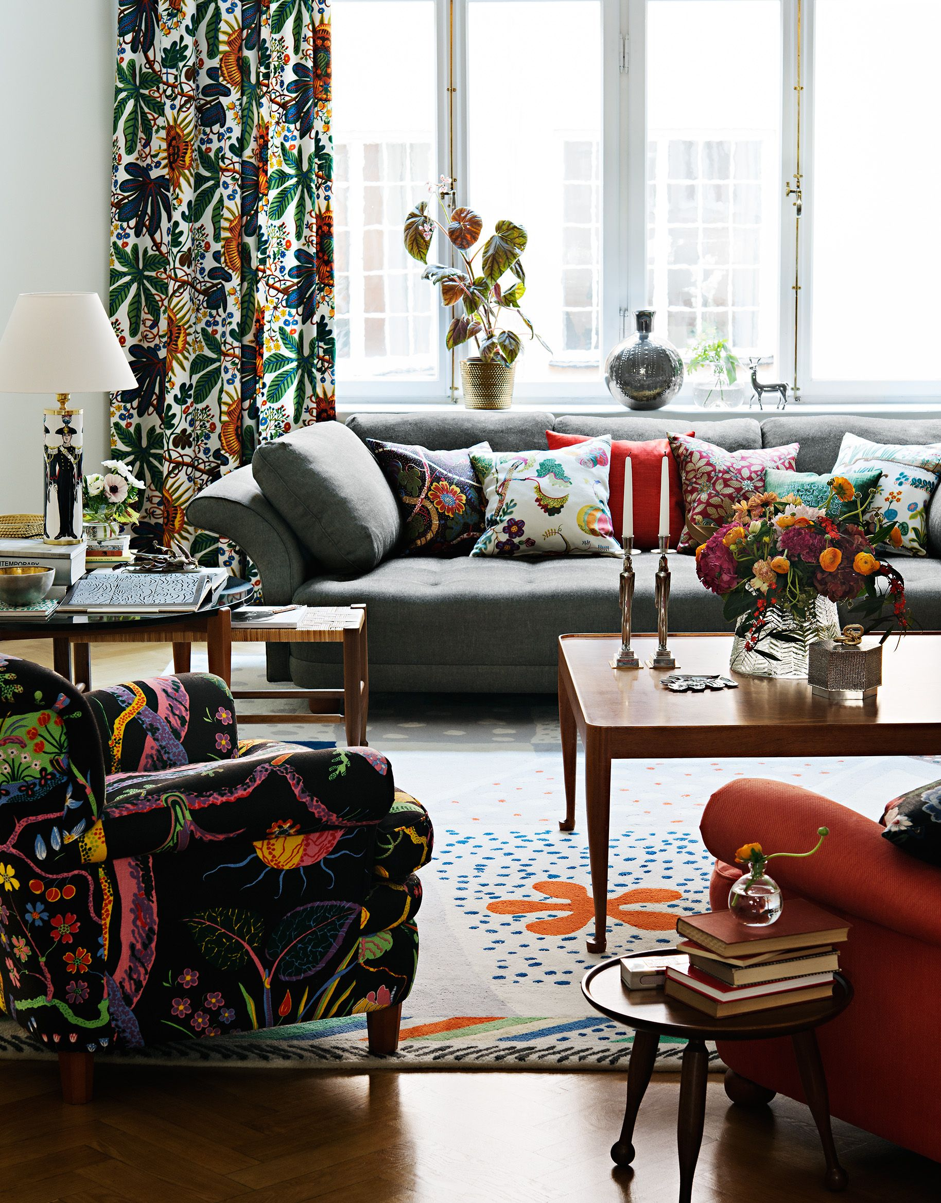 Autumn Living Room Decorating: Autumn Living Room, Svenskt Tenn.