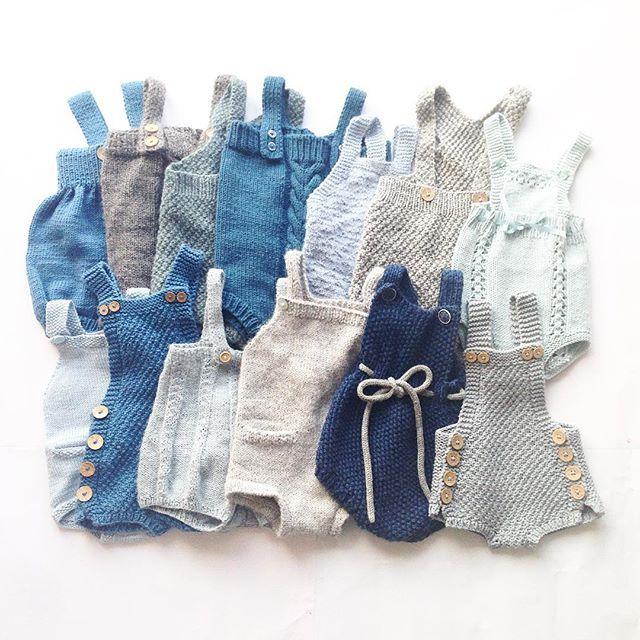 Rompergalskap! Og det står flere på strikkelisten #instaknit#knitted#knitting#knittinglove#knittersofinstagram#knitting_inspiration#babyknits#babystrikk#strikktilbaby#strikktilgutt#ministil#ministrikk#arvedrakt#kjappstrikkadrakt#paelas#barnestrikkfrapaelas#pocketplaysuit#kalinkaromper#perleseleshorts#strikkeromper