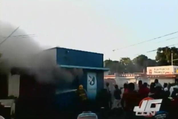 Incendio Destruye Canal De Televisión Cristiana En Mao