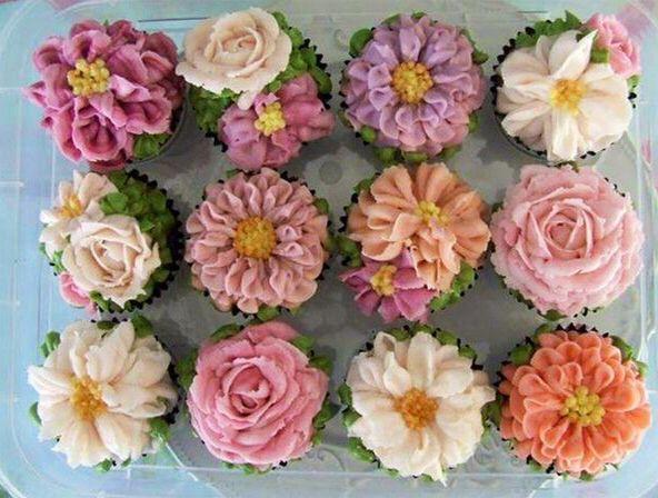 Cupcakes, flor de glacê!