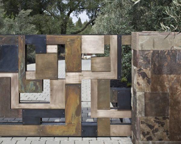 naturstein metall gartenmauer bauen haus eingang | garten, Garten Ideen