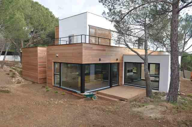 La casa de madera m s grande de espa a ahorra el 90 en electricidad casademadera - Casas contenedores espana ...