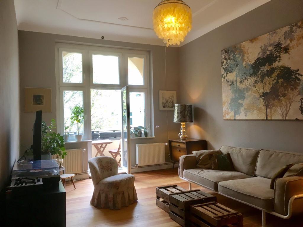 Wunderschones DIY Bett Aus Weiss Gestrichenen Paletten WG Zimmer In Berlin WGZimmer Palettenbett Schlafzimmer Ei