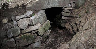 Ancient Mystery Of Upton Chamber Cave In Massachusetts: One Of The Largest Ancient Man-Made Structures In New England