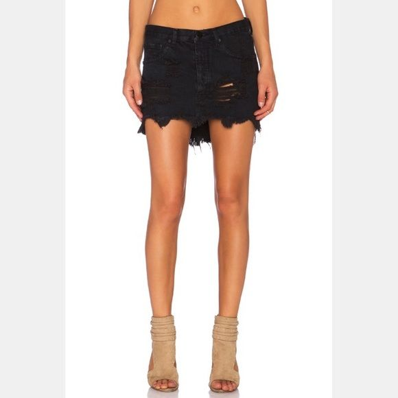 One Teaspoon Junkyard Skirt in Fox Black (NWOT) | Be d, Minis and ...
