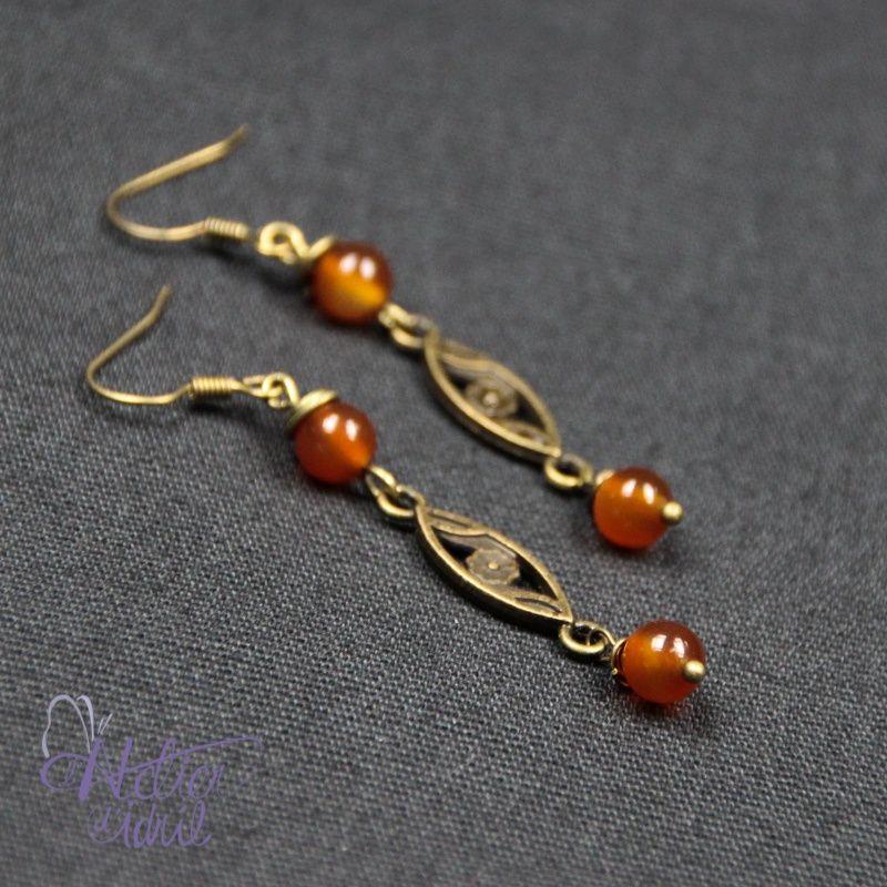 ~ Boucles d'oreilles en cornaline ~  En vente ici : http://www.atelierdidril.fr/fr/bijoux-/627-boucles-d-oreilles-en-cornaline.html