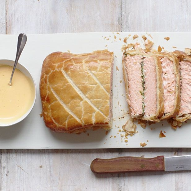 a stunning salmon en croute with hollandaise sauce click the photo or go to for. Black Bedroom Furniture Sets. Home Design Ideas