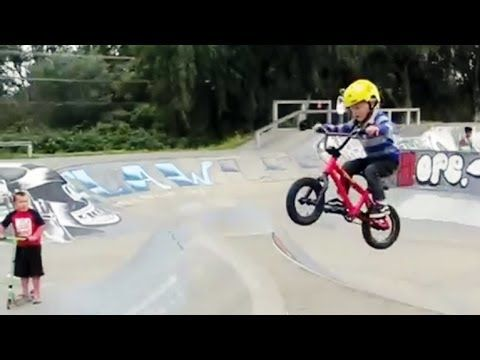 Twins Of 4 Years Old Riding Bmx Insane Youtube Bmx Best