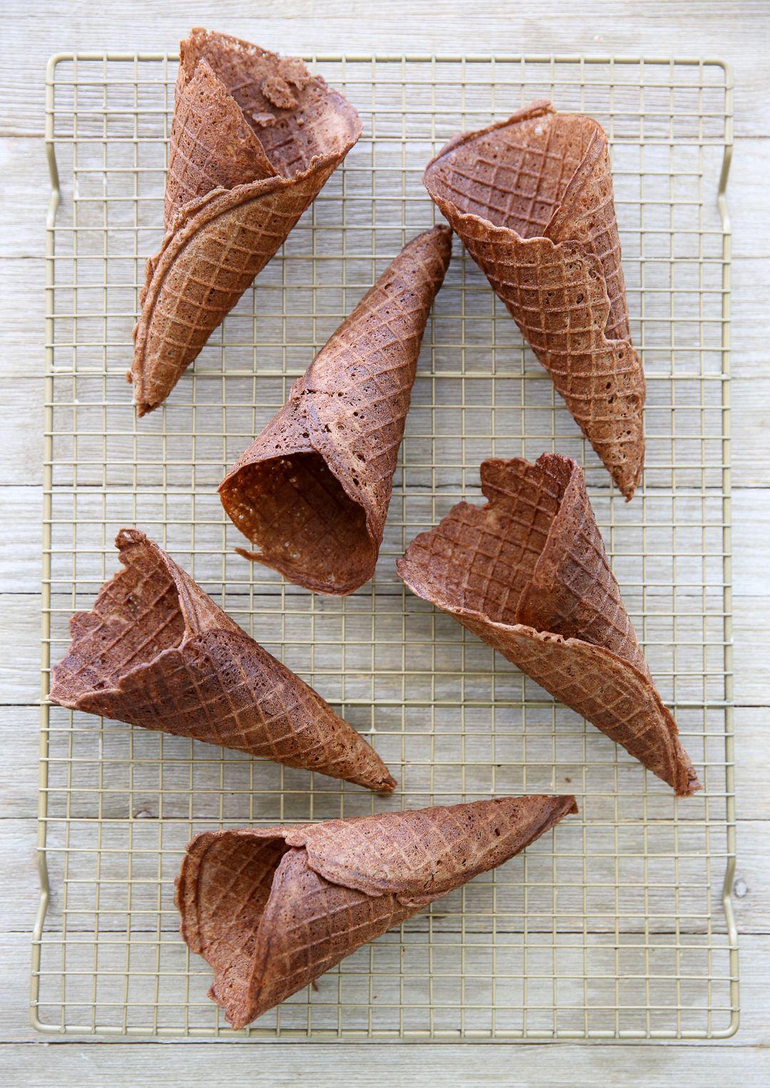 Homemade chocolate waffle cones recipe chocolate