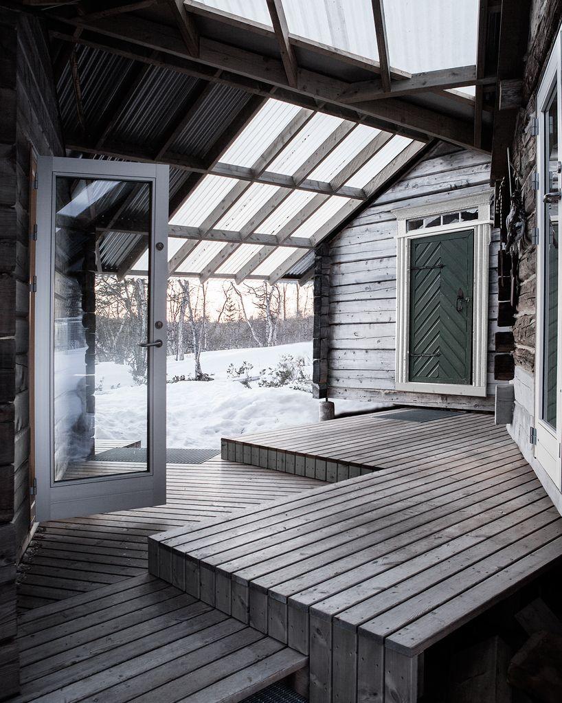 aslak haanshuus arkitekter architects fuses three log cabins to ...