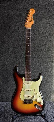 Fender Guitar Bridge Pins Fender Guitar Amp Power Indicator Bulb #guitarplayer #guitargirl #FenderGuitars #fenderguitars