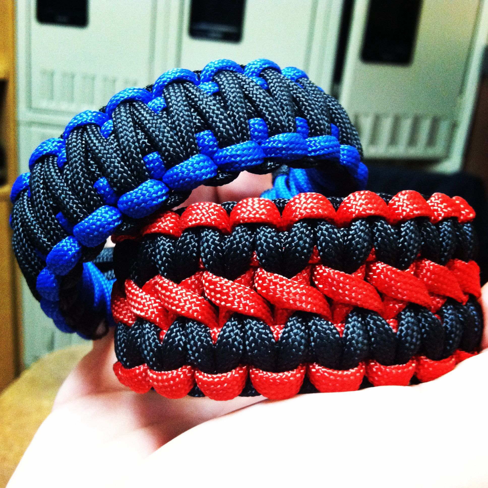 Double Wide Cobra And King Cobra Paracord Paracord Projects